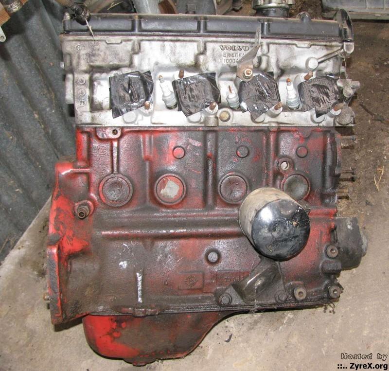 Volvo 240 Camshaft Oil Leak: The Great Redblock Engine Sale!